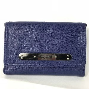 ❌ SOLD ❌ Kenneth Cole Reaction Blue Wristlet